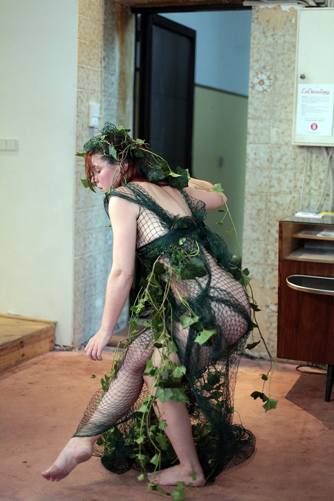 Clare as Ivy