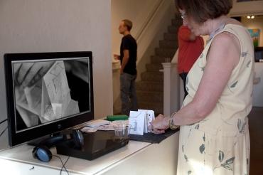 """Abbie Birmingham builds with """"Su Casa es Mi Casa"""" installation cards"""
