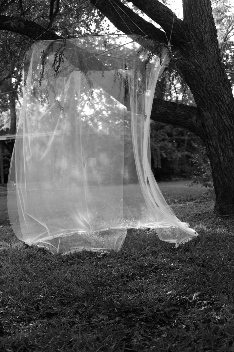 Grayscale veil